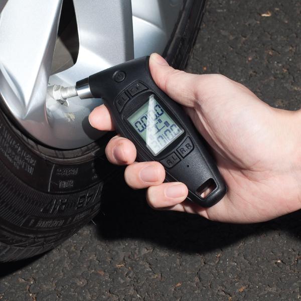 TC-01 Digital Tyre Pressure Gauge 4